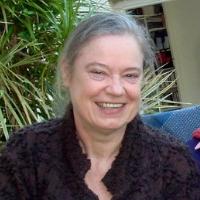 Rosamund Oliver